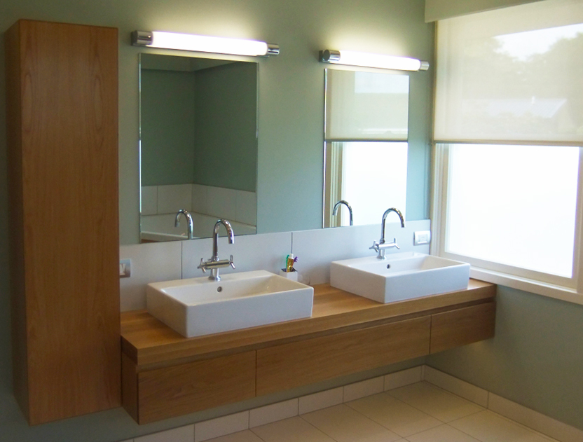 Gallery bv kitchens for Bathroom wall cabinets new zealand